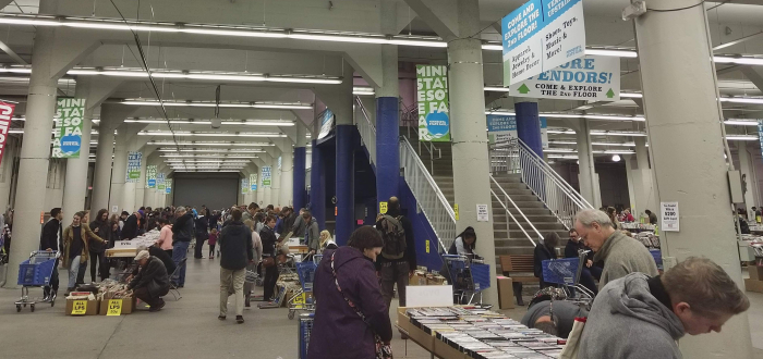 Half Price Books Clearance Sale At The Minnesota State Fairgrounds